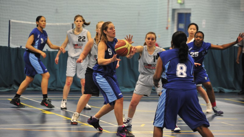 Soul Ladies finding a way through the defence. Rebecca Cox looking to go past the defence